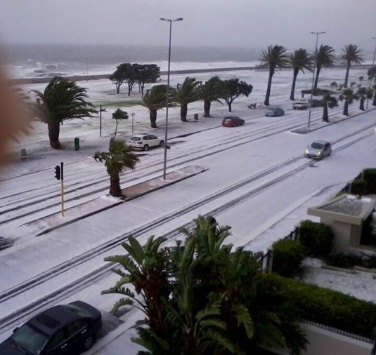 Sea Point Promenade, a winter wonderful! Never thought I would see the day!