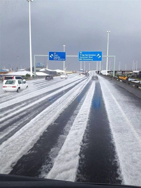 The N1 highway that I was travelling on when the hail storm hit. I was coming from the opposite side on the lower freeway but encounted what you see here.
