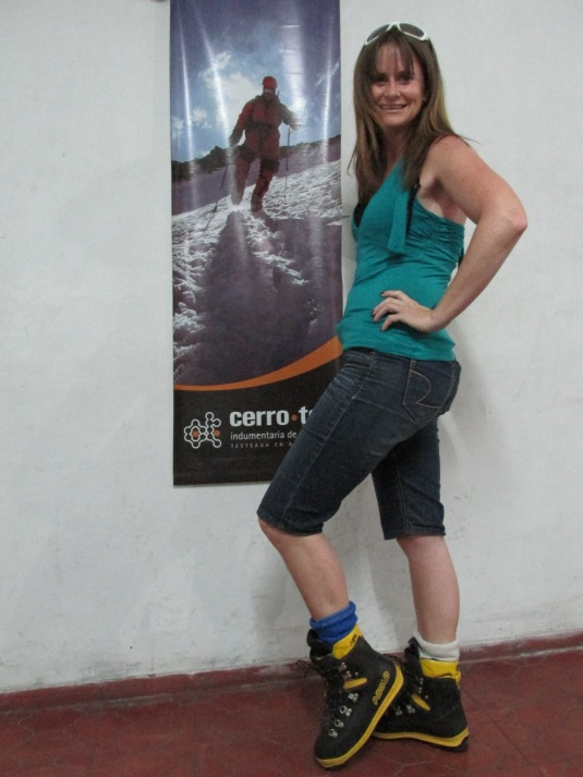 Sporting my new sexy snow boots. I'm so ready to hit the mountain!
